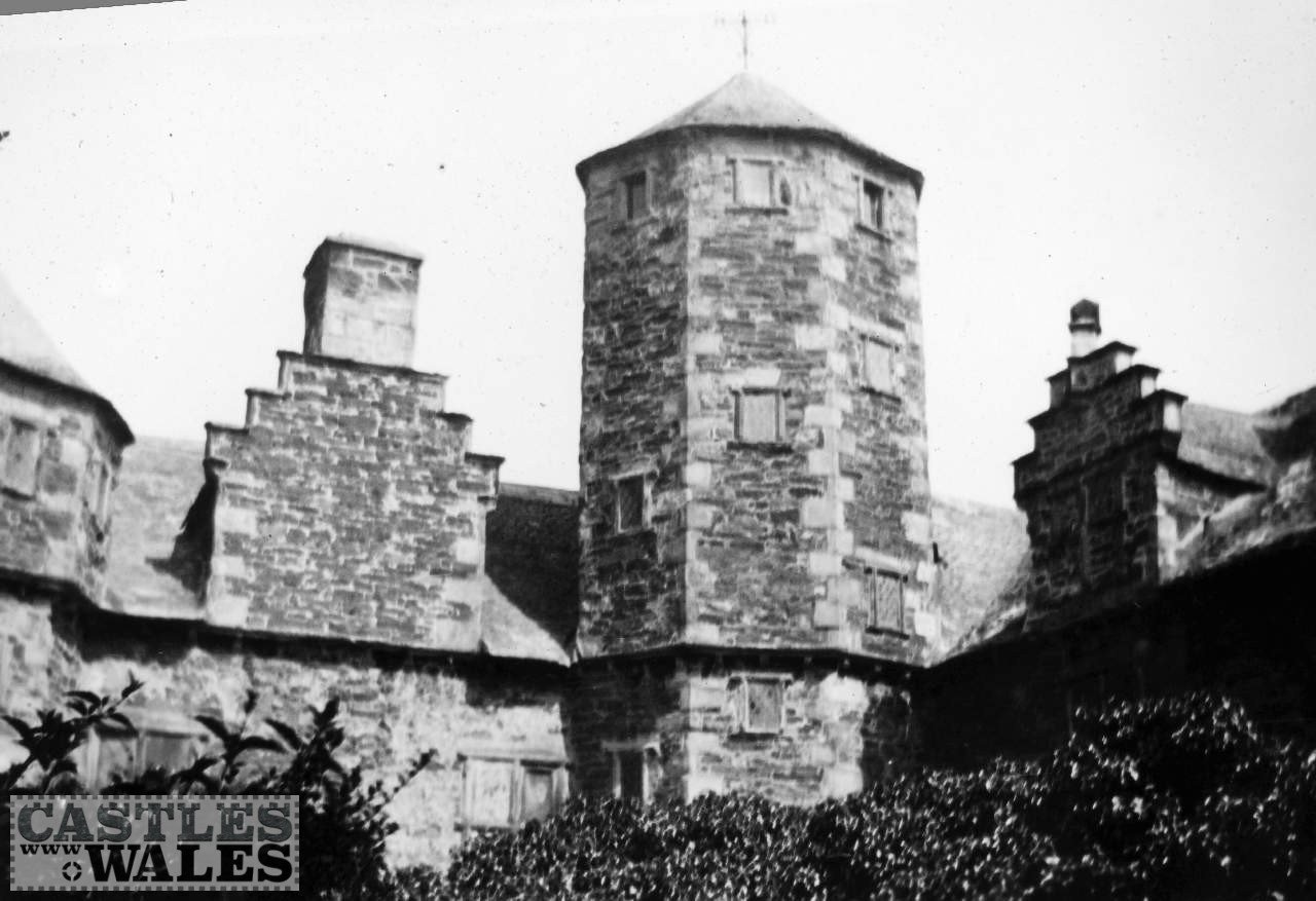Central Tower, Plas Mawr, Conwy in 1935