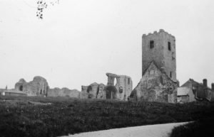 Denbigh Castle and Church in 1935