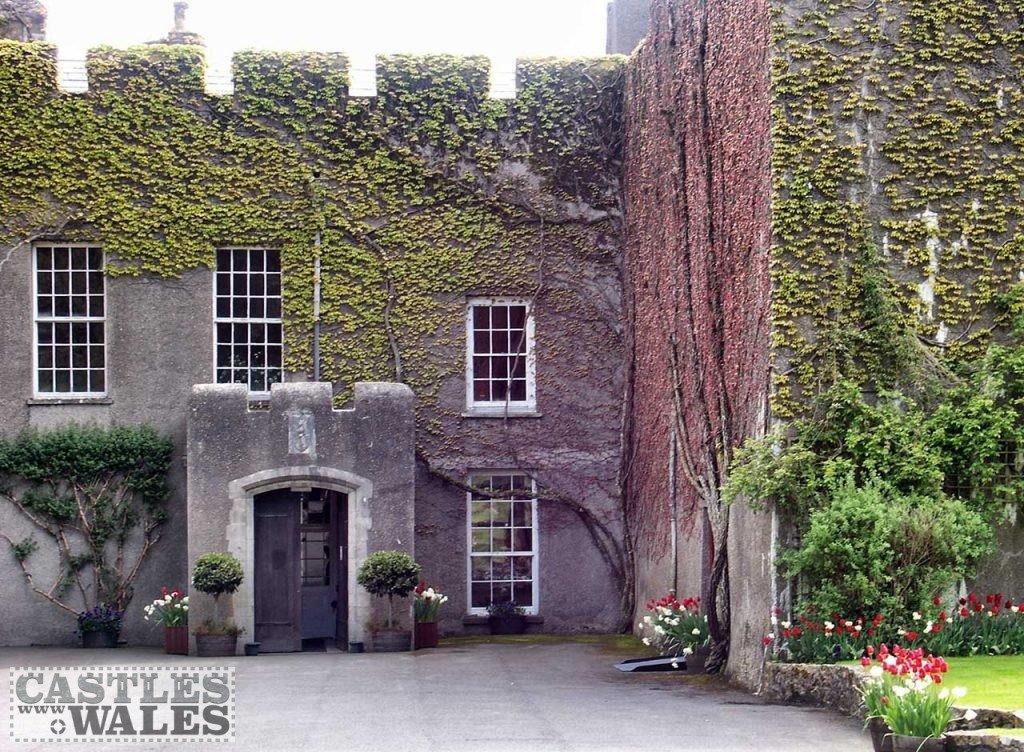 Fonmon Castle